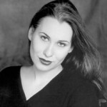 Alexandra Deshorties sings Medea.